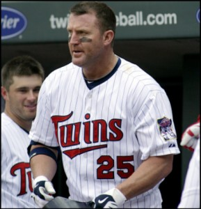 Phillies Are On The Move… Sign Jim Thome, Closing In On Michael Cuddyer